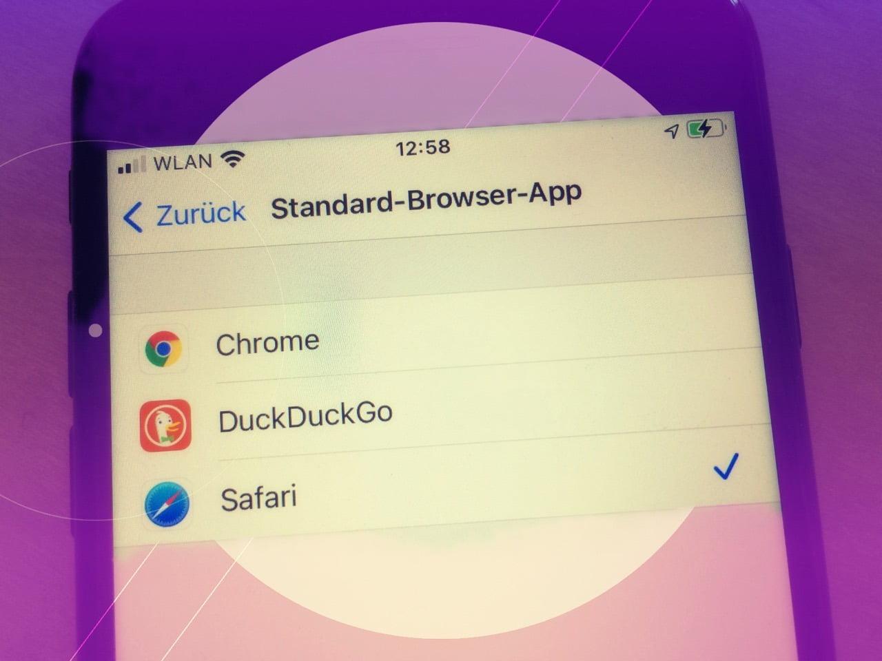 iOS 14 Standard Browser App Title
